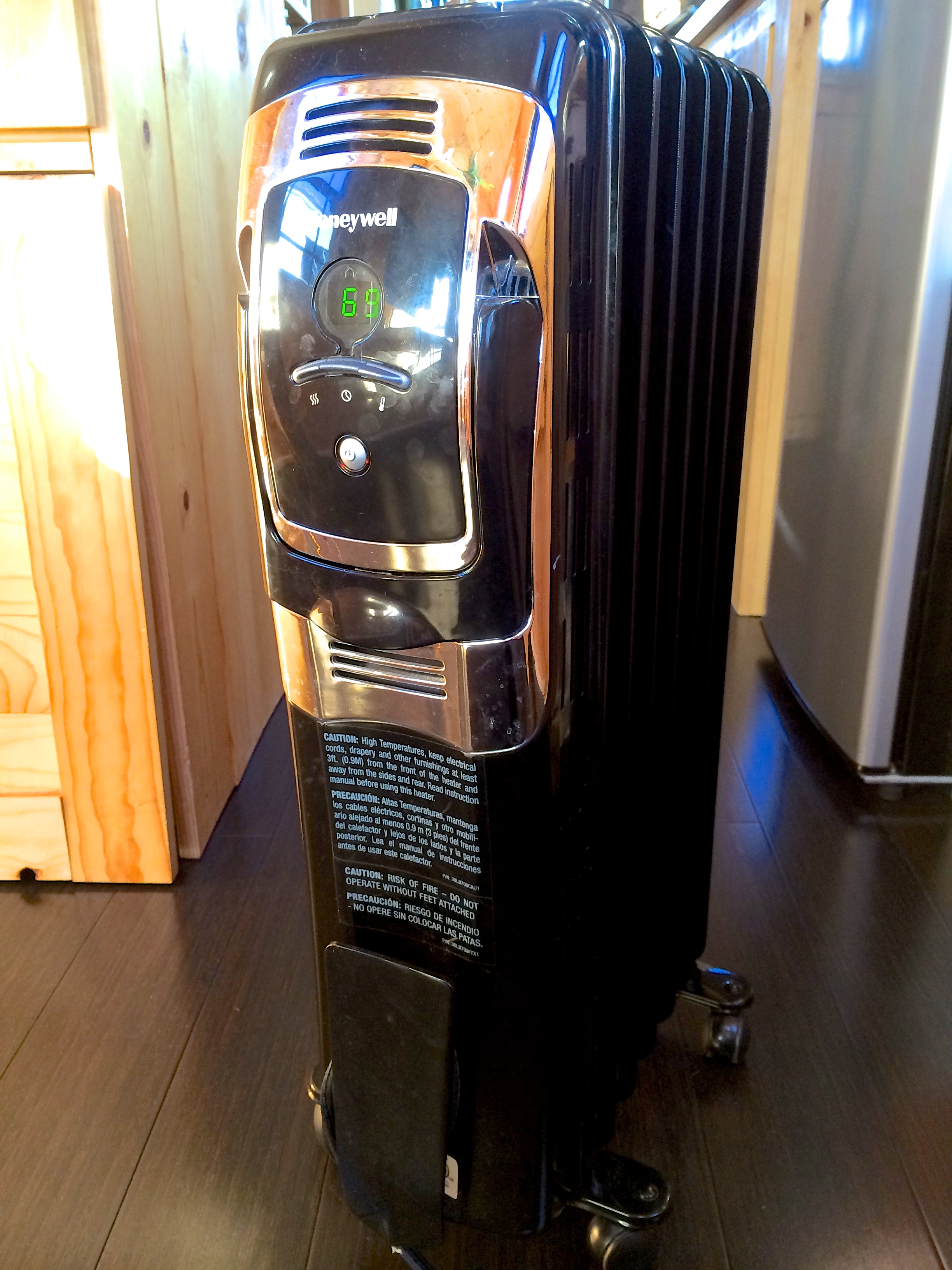 This is our Honeywell- Oil Filled, Electric Space Heater. Has temp setting, high-medium-low settings and an off timer.