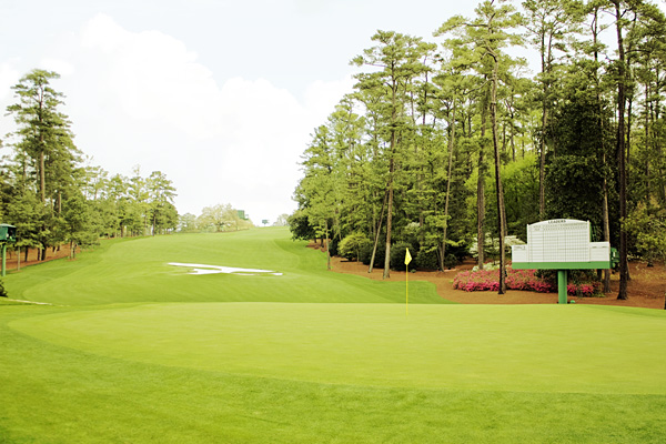 Masters 10th green