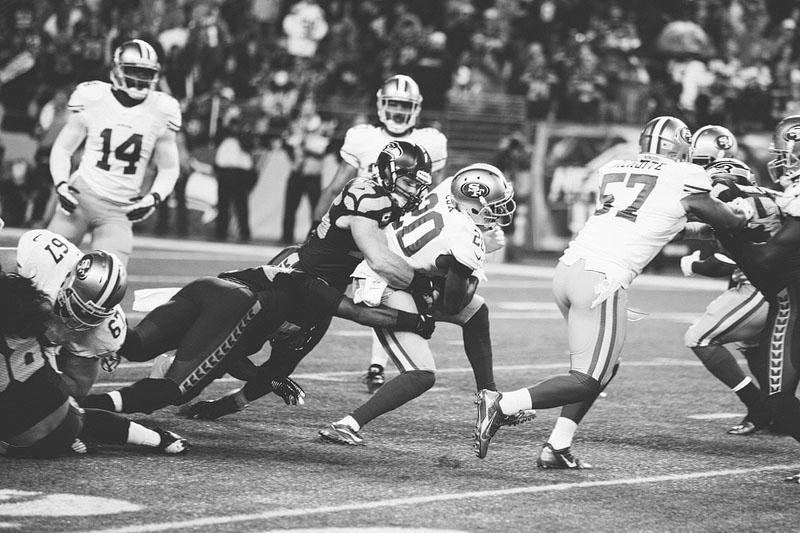 Seattle Seahawks vs San Francisco 49ers football photography