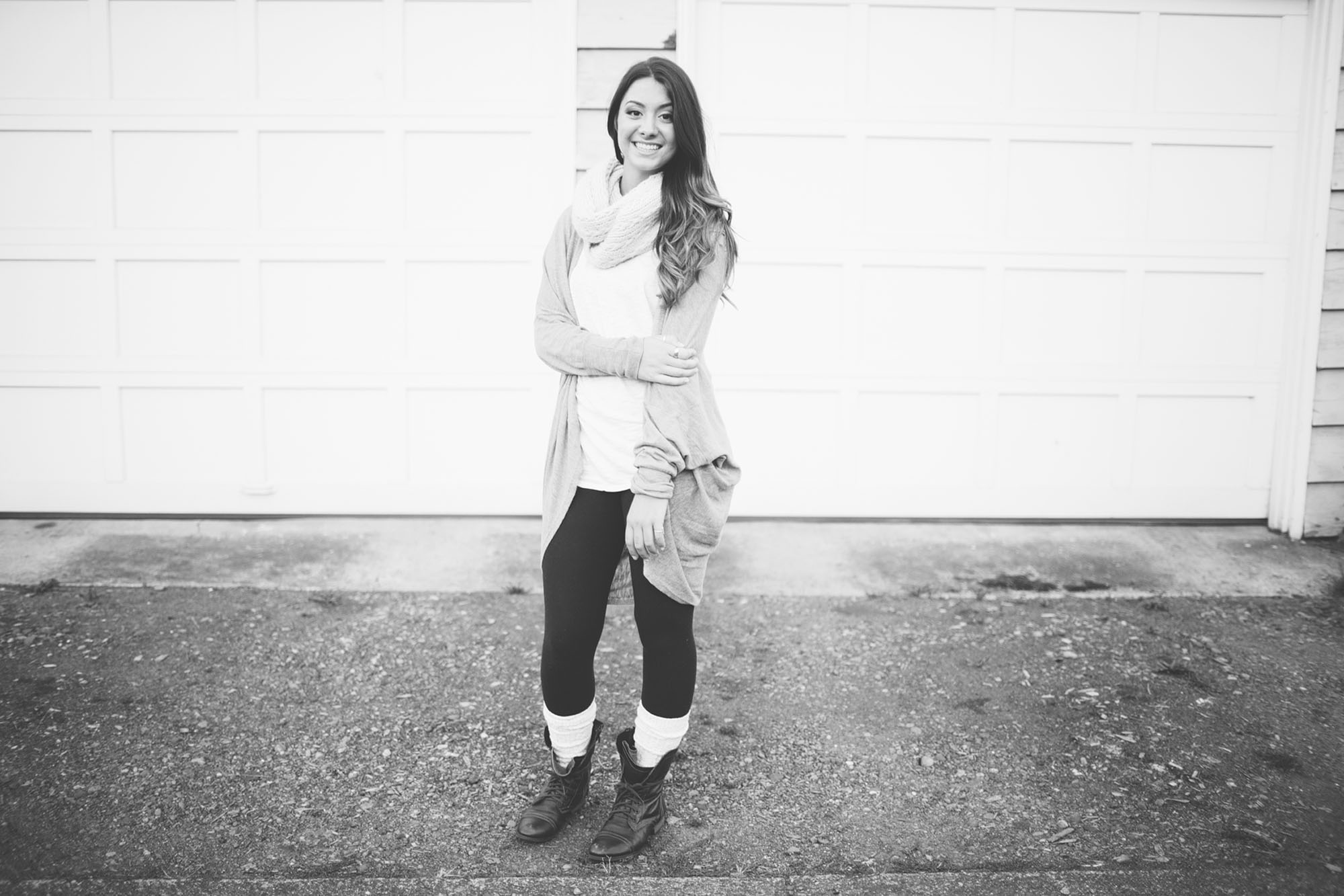 Seattle girl senior portrait - Mike Fiechtner Photography