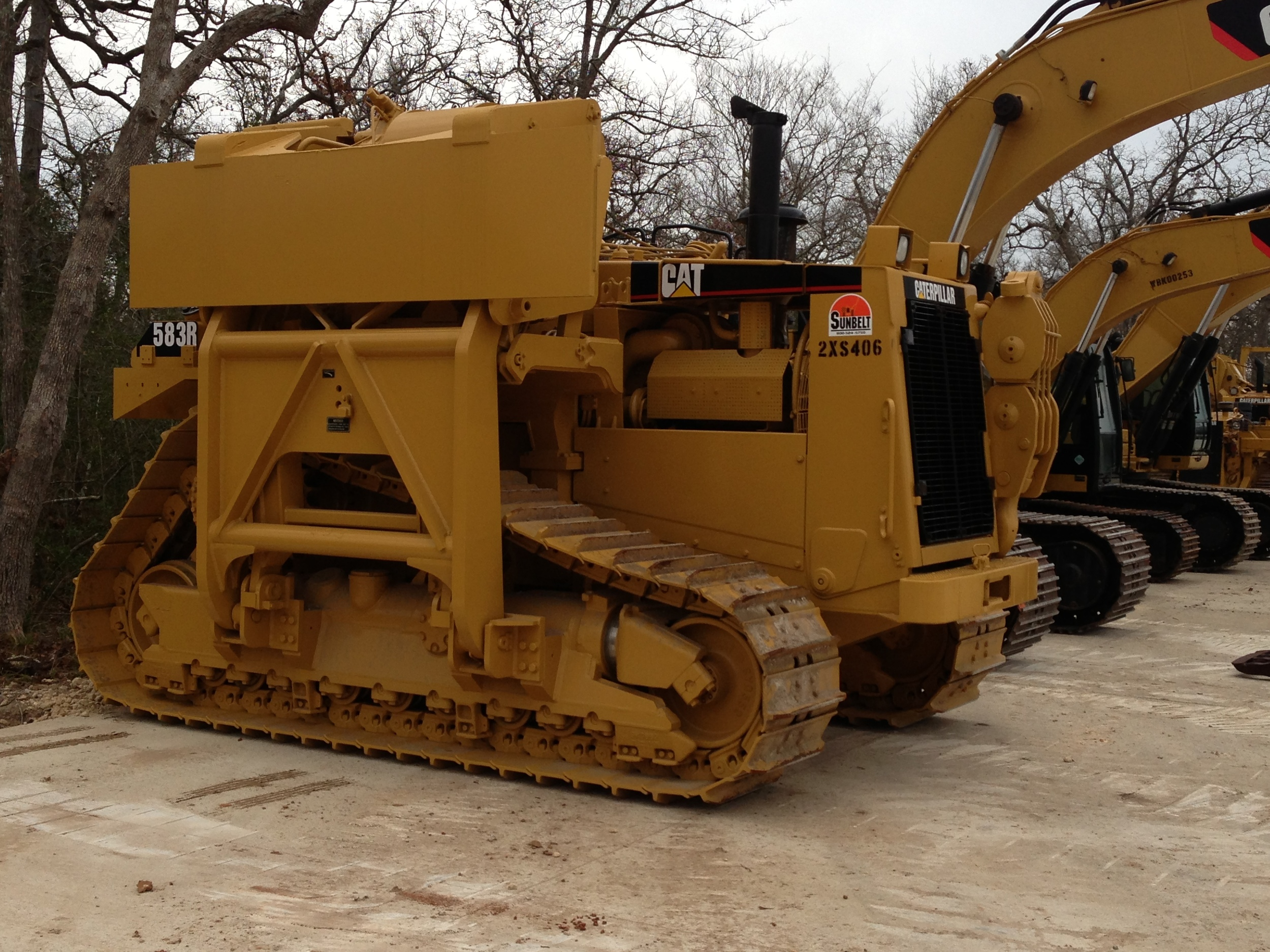 583R Caterpillar Pipelayer