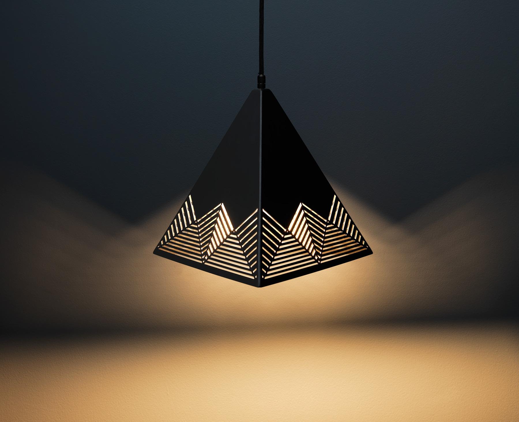 Peak Pendant Lamp - Black