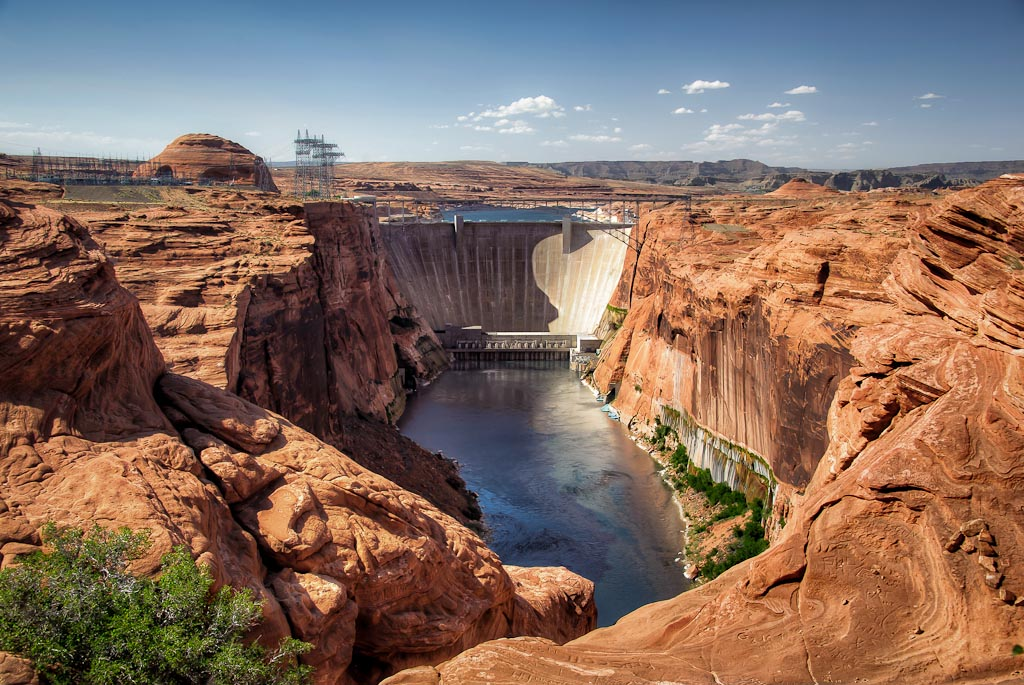 Glen   Canyon Dam, Lake Powell, Page,Arizona