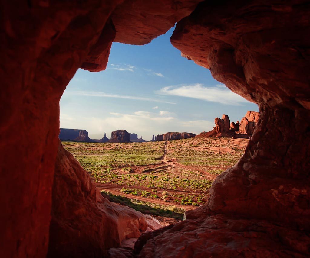 Monument   Valley, Navajo Indian Reservation, Utah / Arizona Border