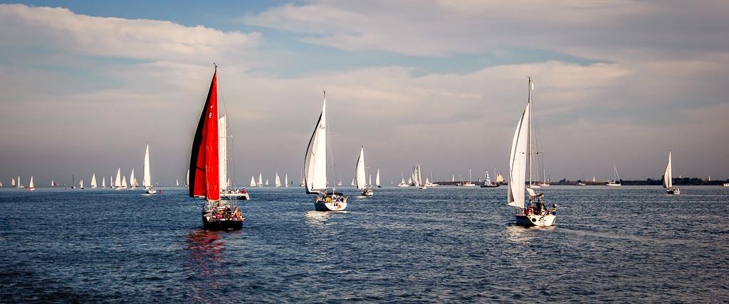 Sailing   from Volendam, Netherlands