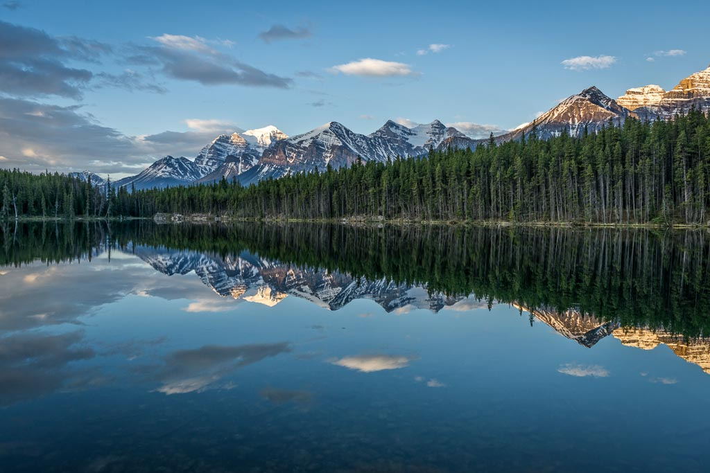 Herbert Lake, Icefields Parkway, Banff National Park, Alberta
