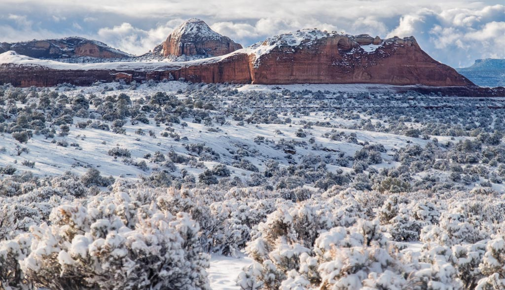 Desert Snow - Canyon Rims Recreational Area, Utah — Lens EyeView Photography