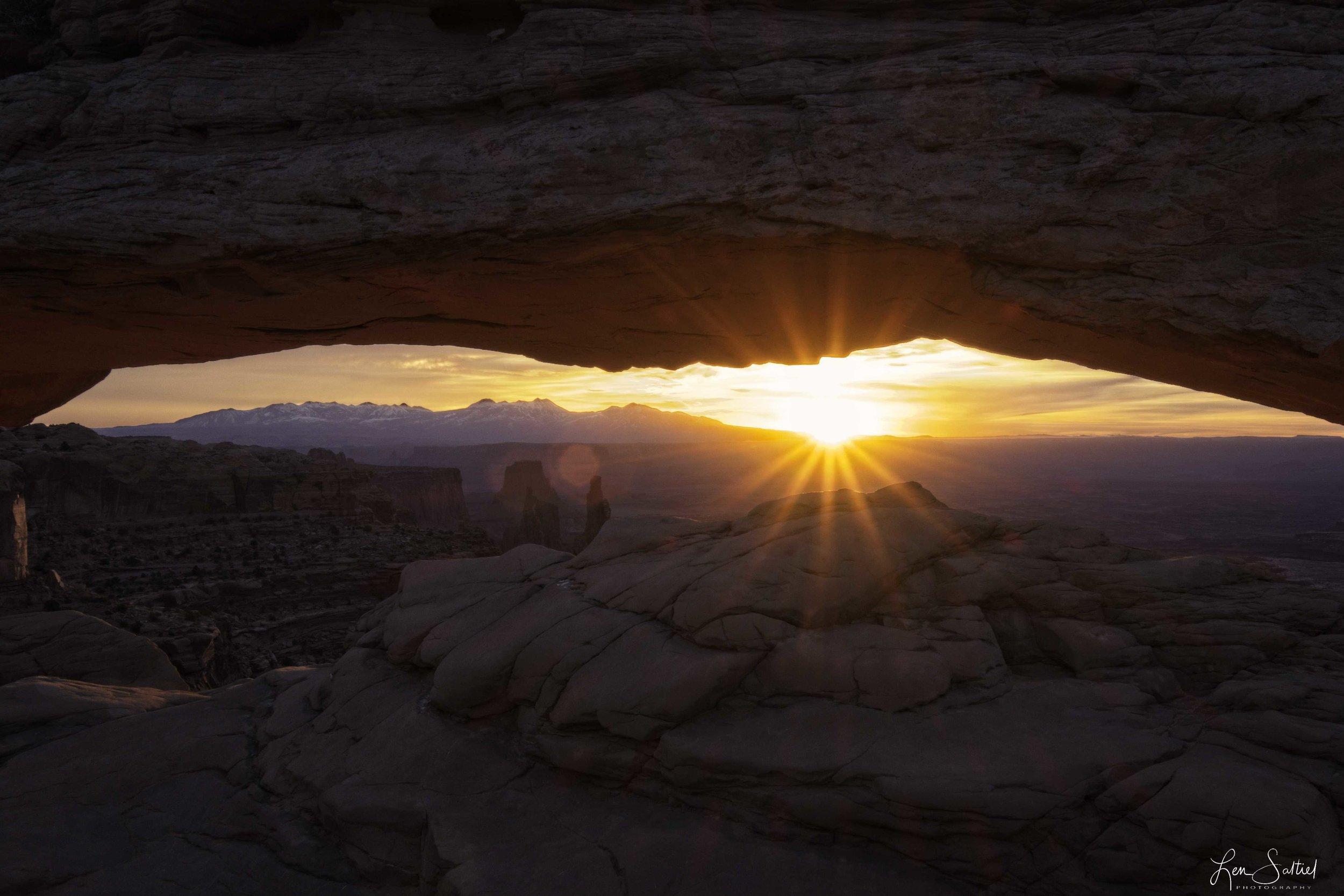Mesa's Glow, Canyonlands, National Park, Utah