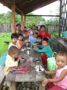 IMG_0004-kids-myan.jpg