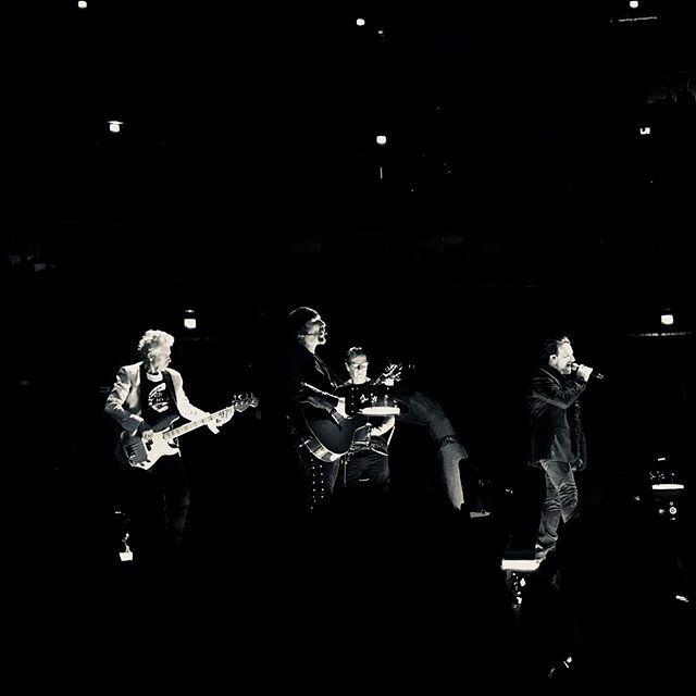 Love is all we have left. . . . . . . . .  #igerschicago #visualsoflife #artofvisuals #aov #peoplescreatives #exploretocreate #watchthisinstagood #moodygrams #gramslayers #ig_masterpiece #insta_chicago #flippinchi #artofchi #thecreatorclass #chicago #chiarchitecture #mychicagopix #insta_chicago #u2 #u2concert #u2eitour #visualseduction #illgrammers #mlmtr #chicagoshot #gramslayers #instagood #streetphotography #heatercentral #iphonex #shotoniphone