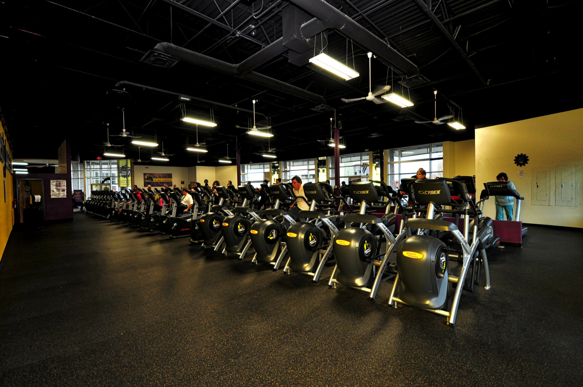 Planet Fitness - Exercise Machines