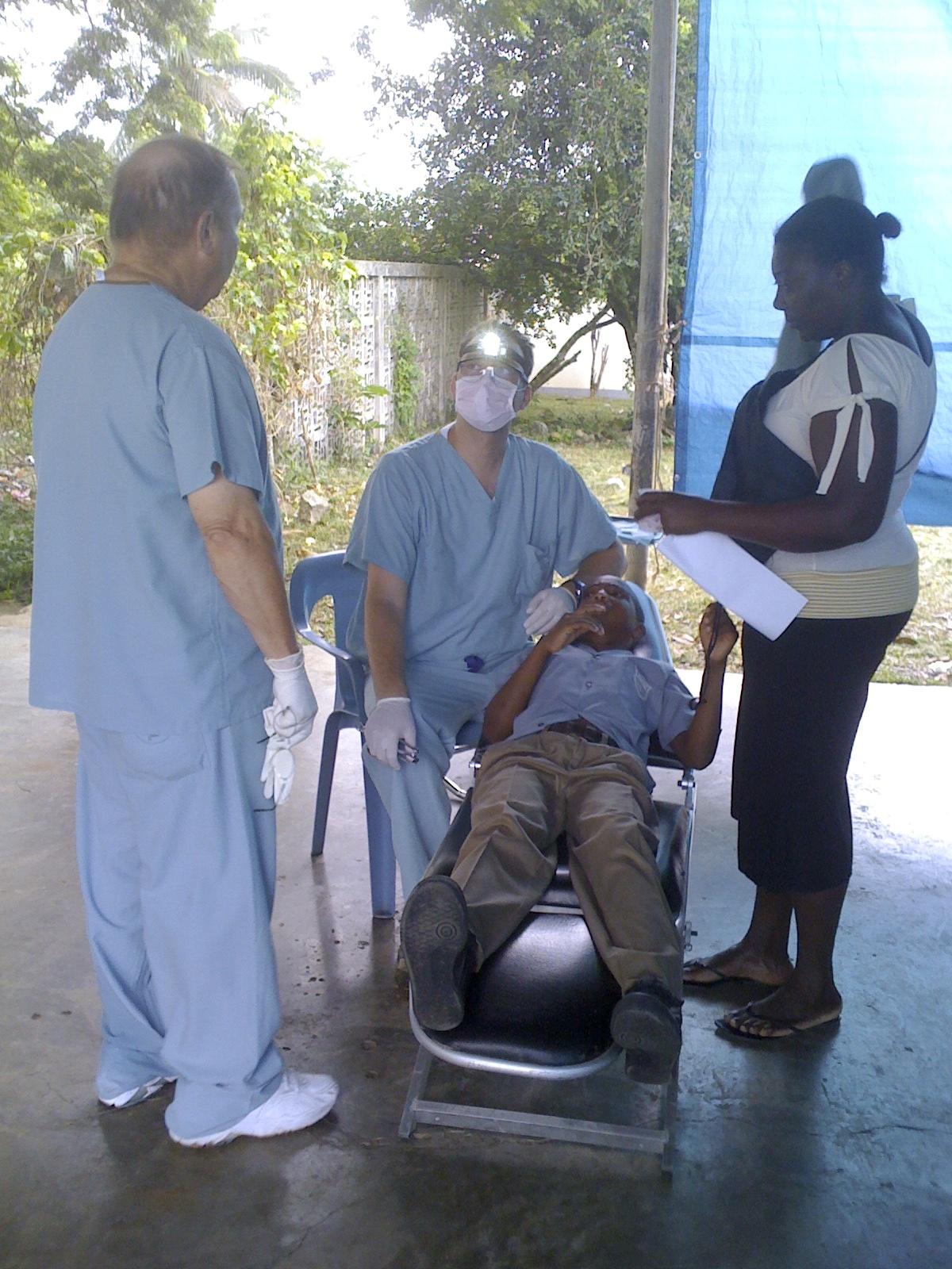 Gary's Oral Surg Setup 3.jpg
