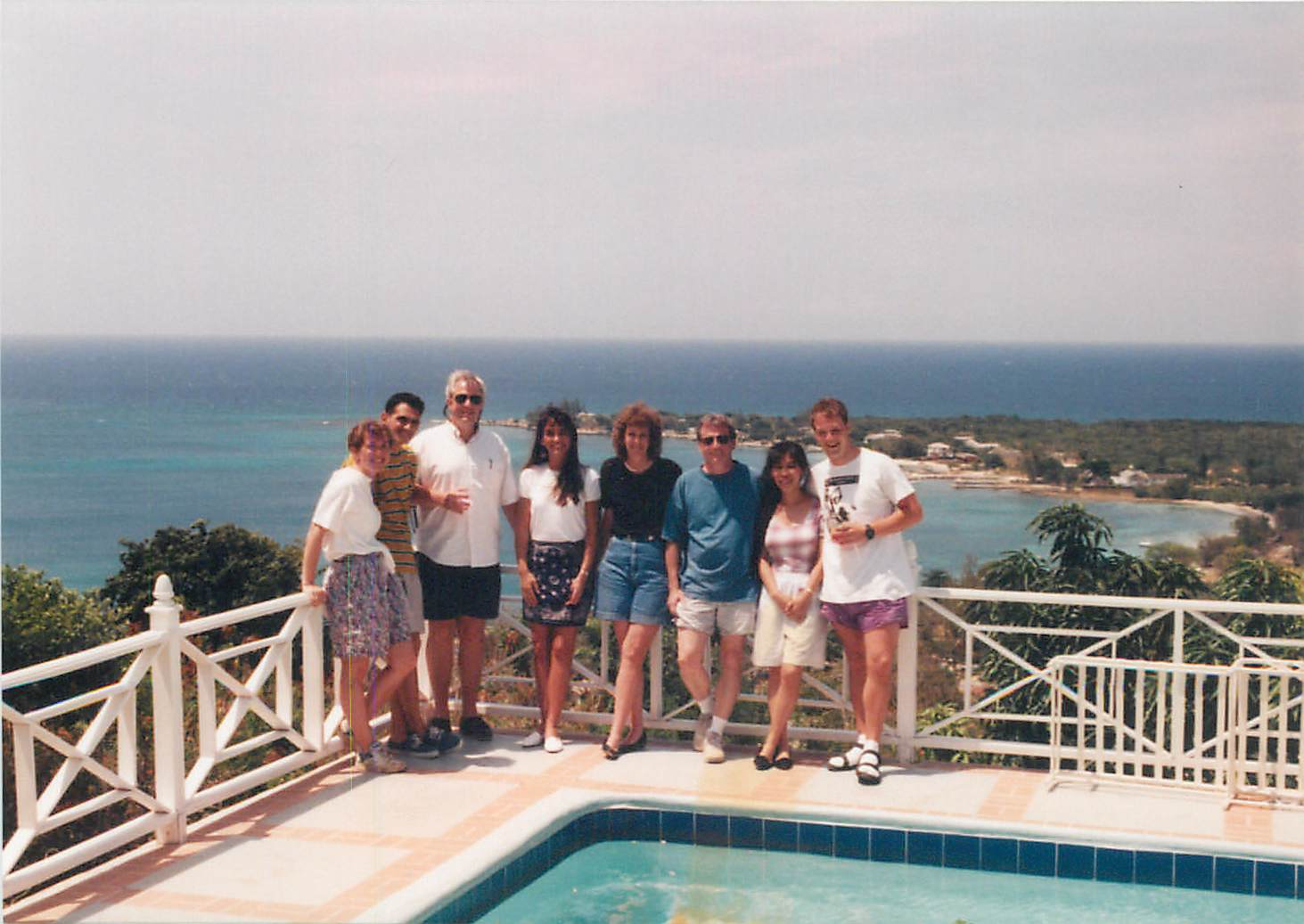 Group Above Discovery Bay 1995.jpg