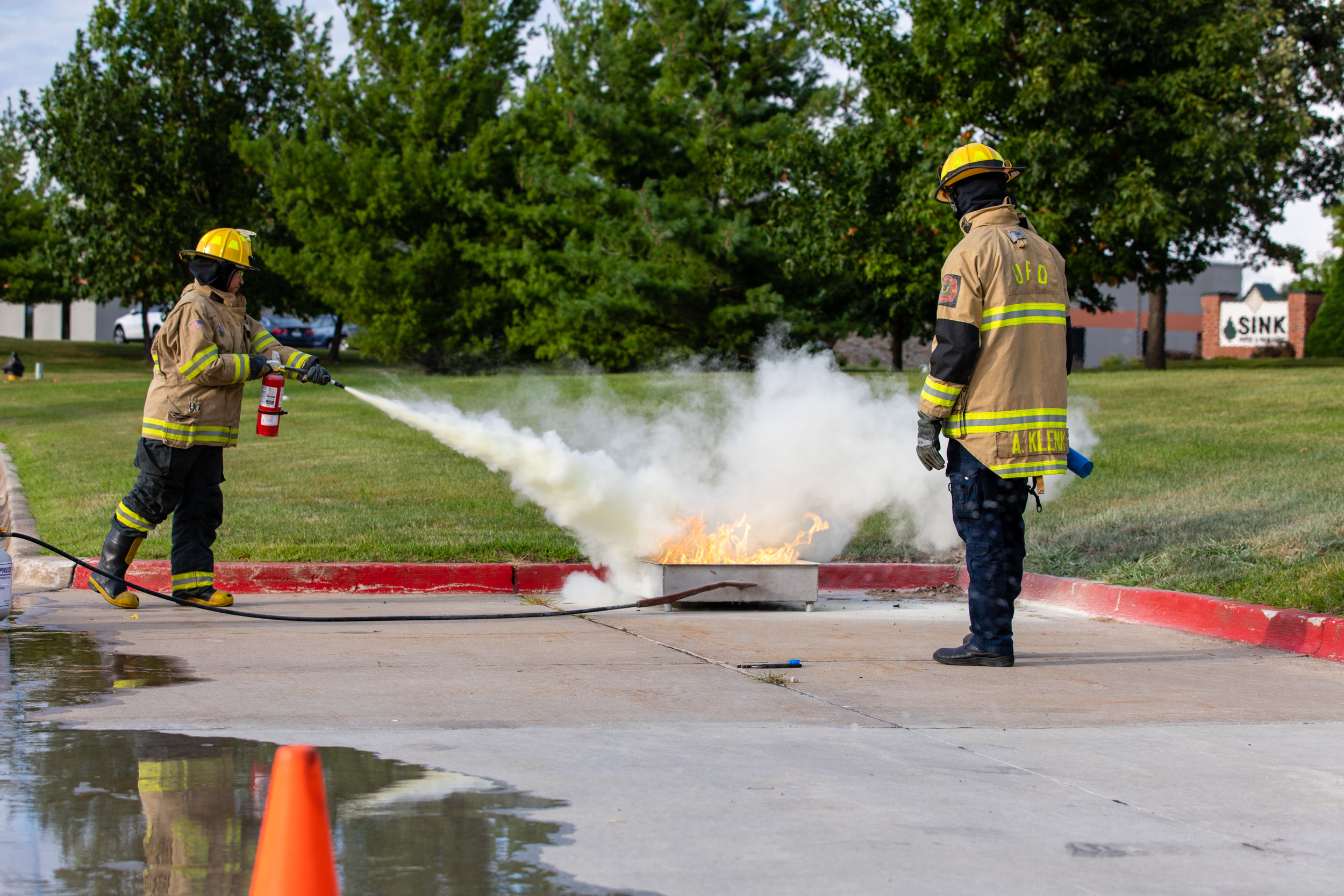1H8A9397_fire test extinguisher.jpg