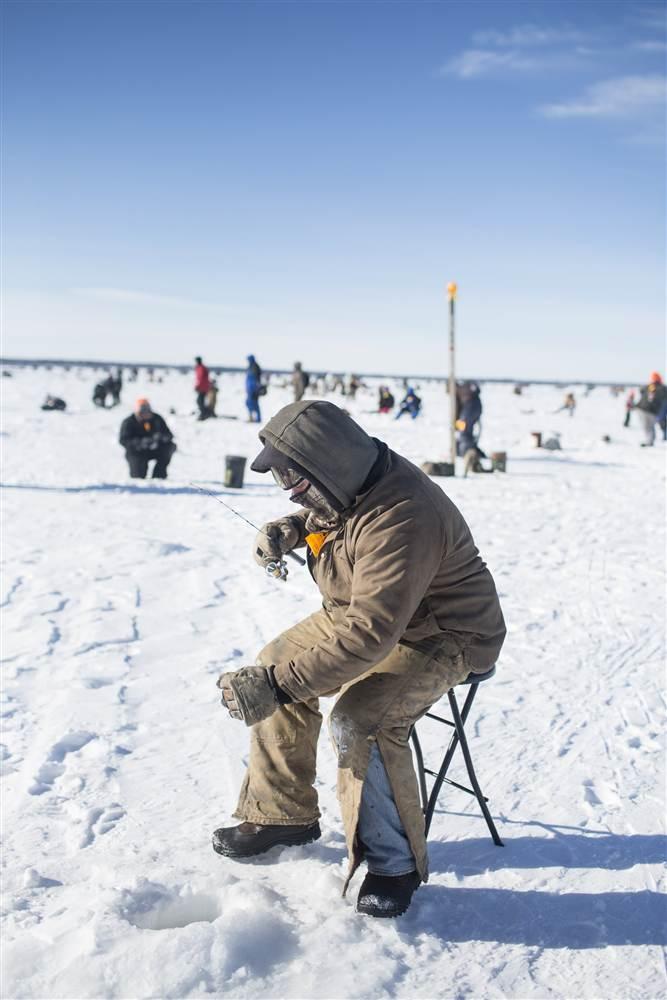 ackermangruber_icefishing_17.nbcnews-ux-680-1000.jpg