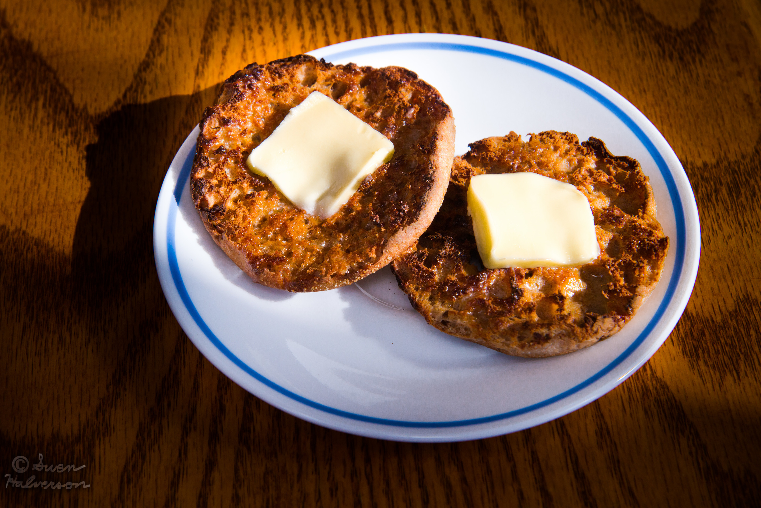 Theme: Oil <br>Title: English Muffin 1