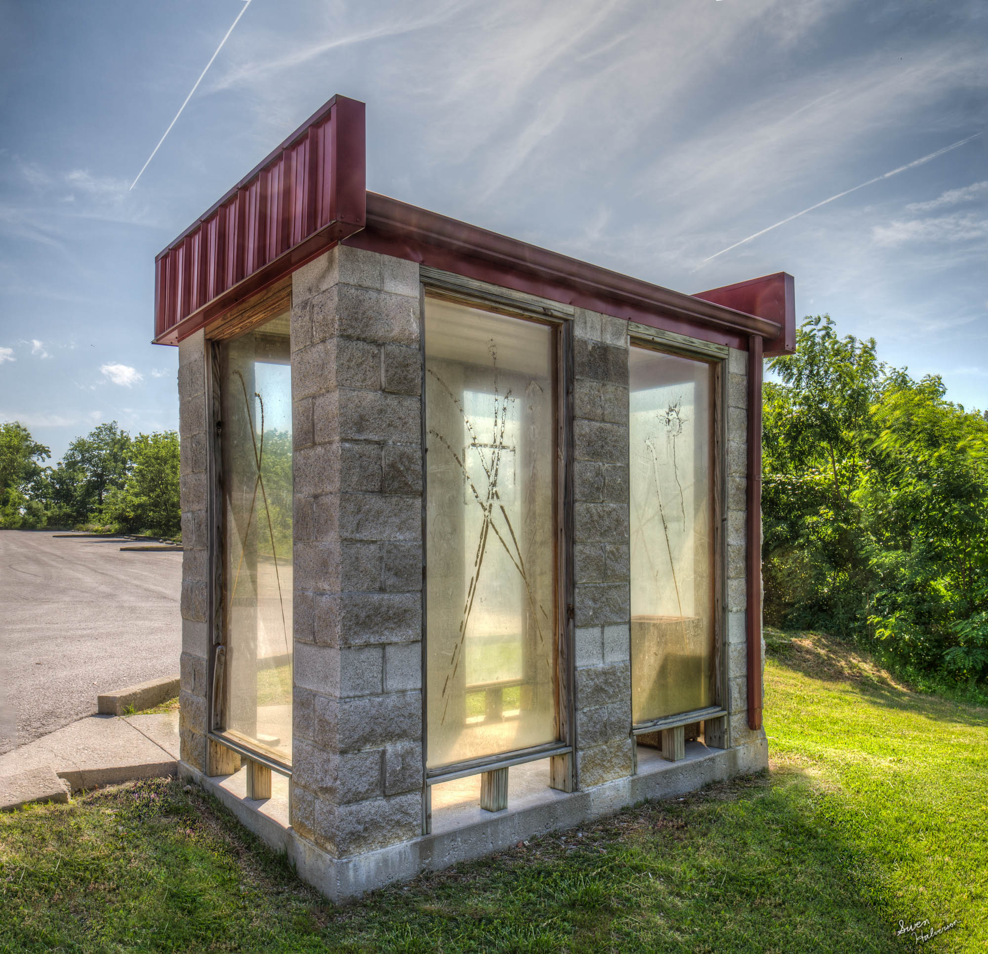 Theme: Sparse   Title: The Phone Booth