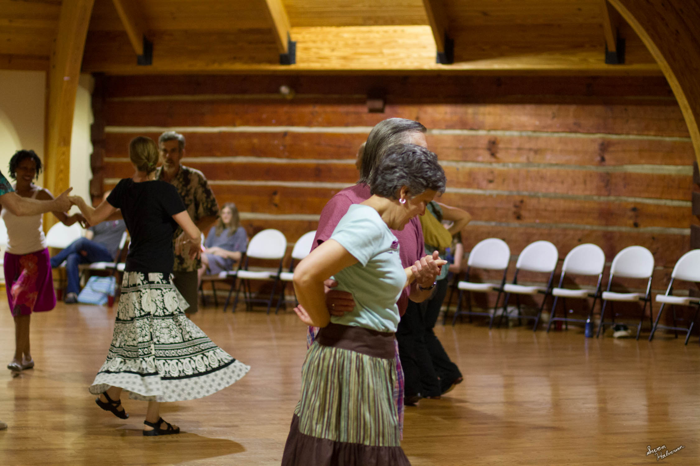Contra dancing in Berea-006.jpg