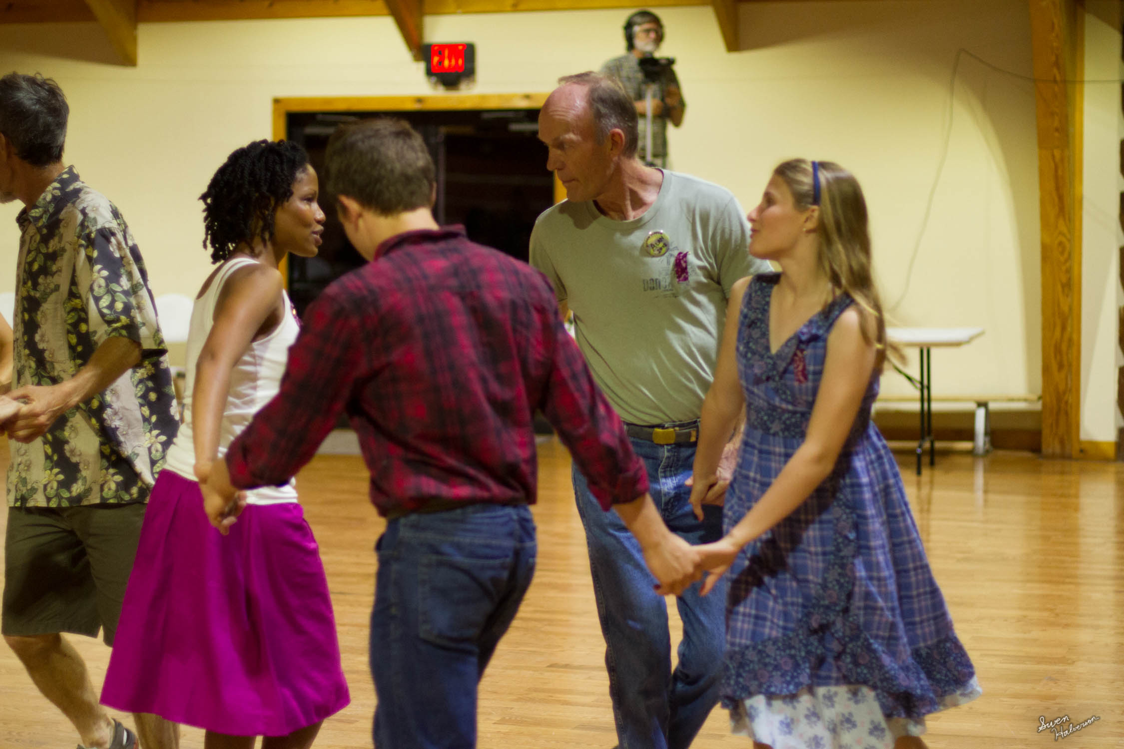 Contra dancing in Berea-022.jpg