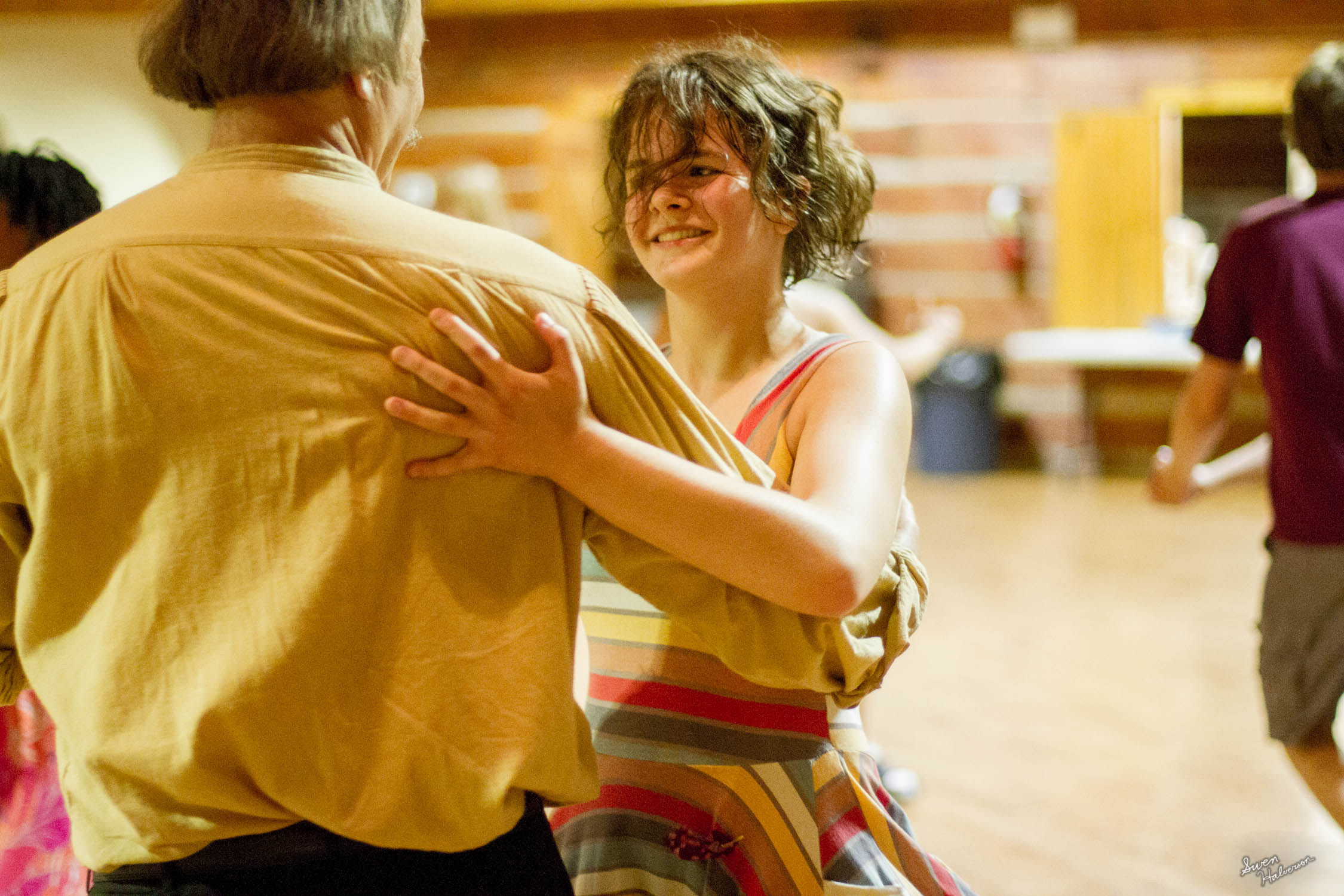Contra dancing in Berea-038.jpg