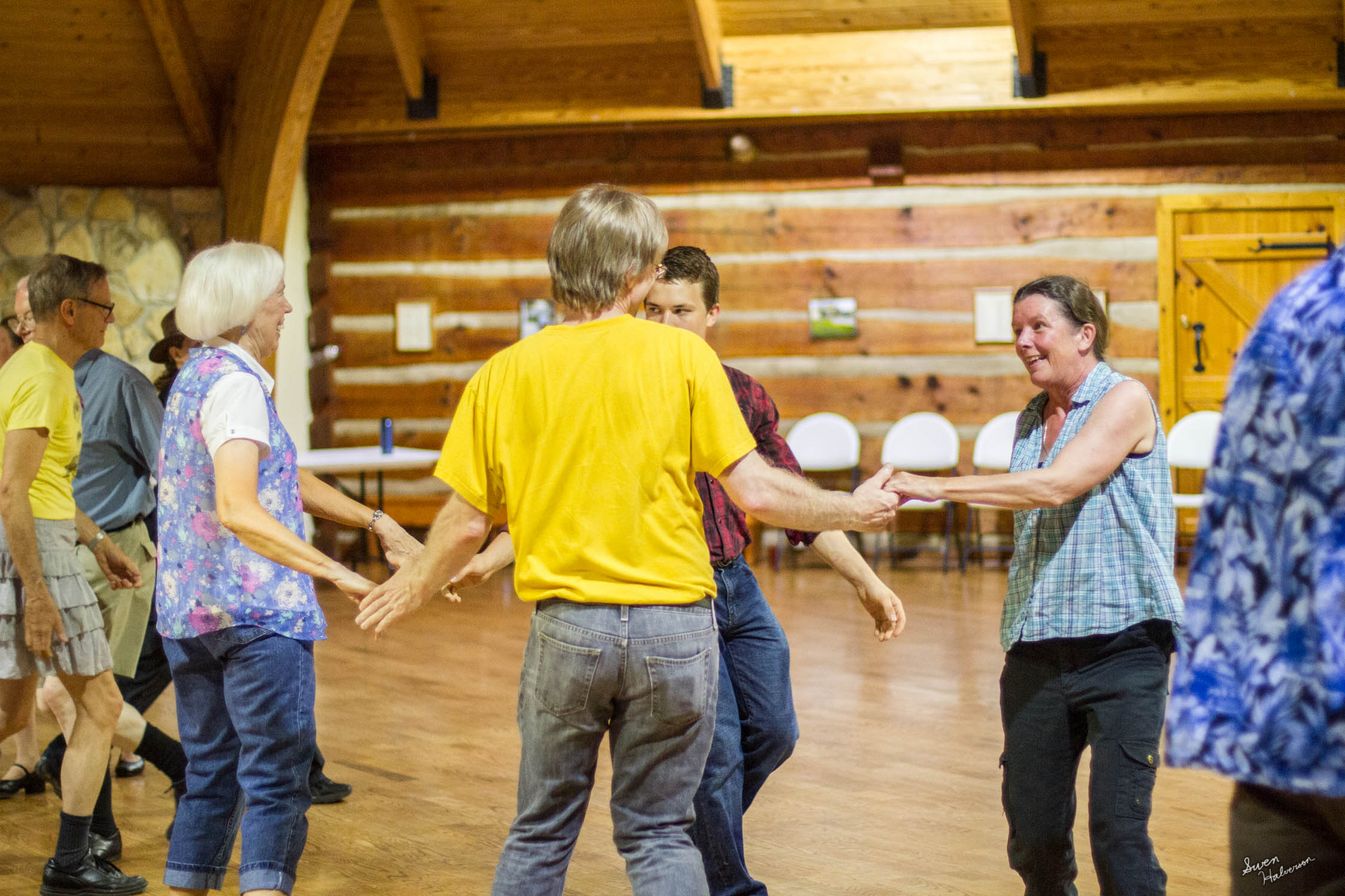 Contra dancing in Berea-046.jpg