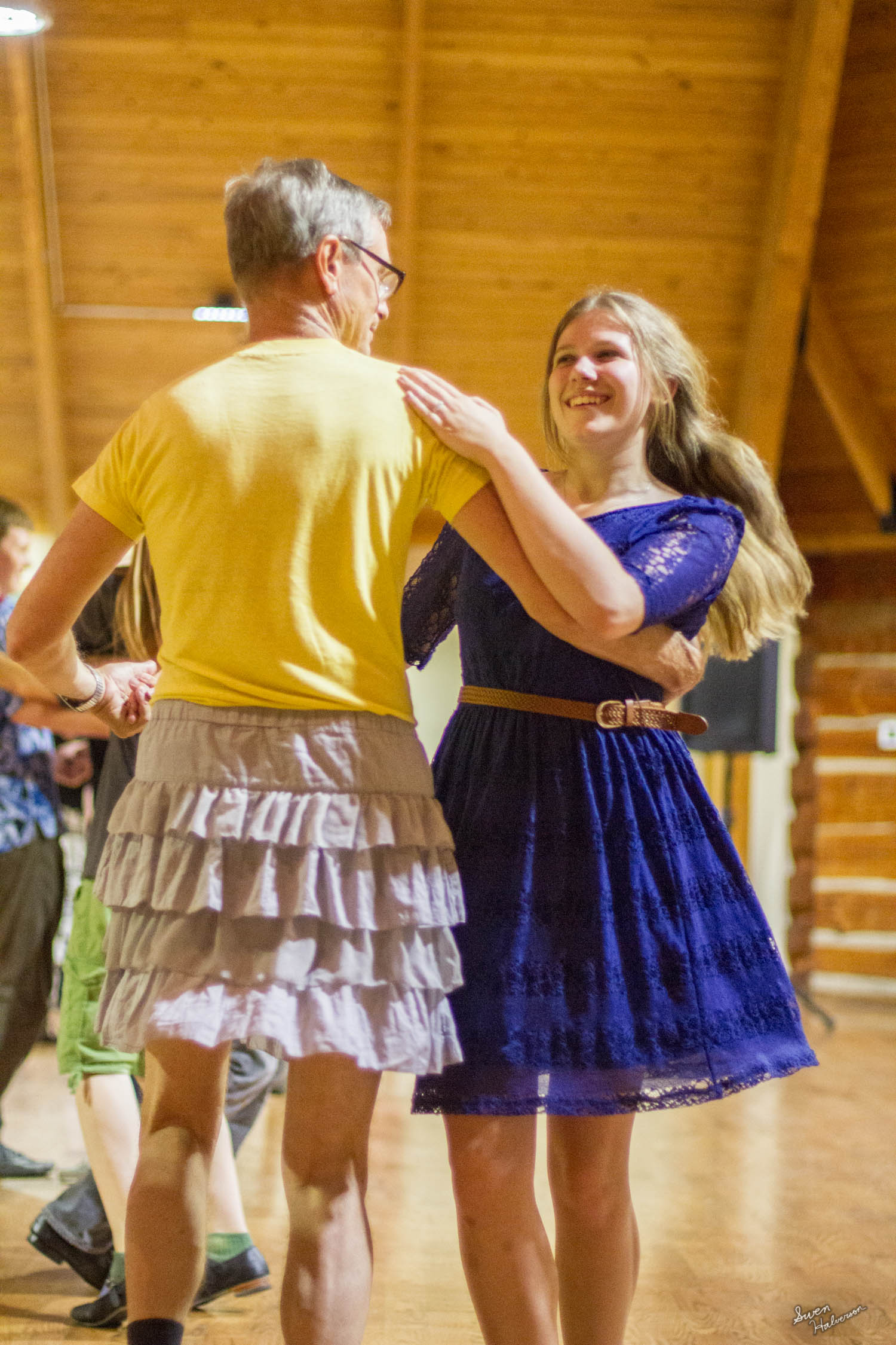 Contra dancing in Berea-051.jpg