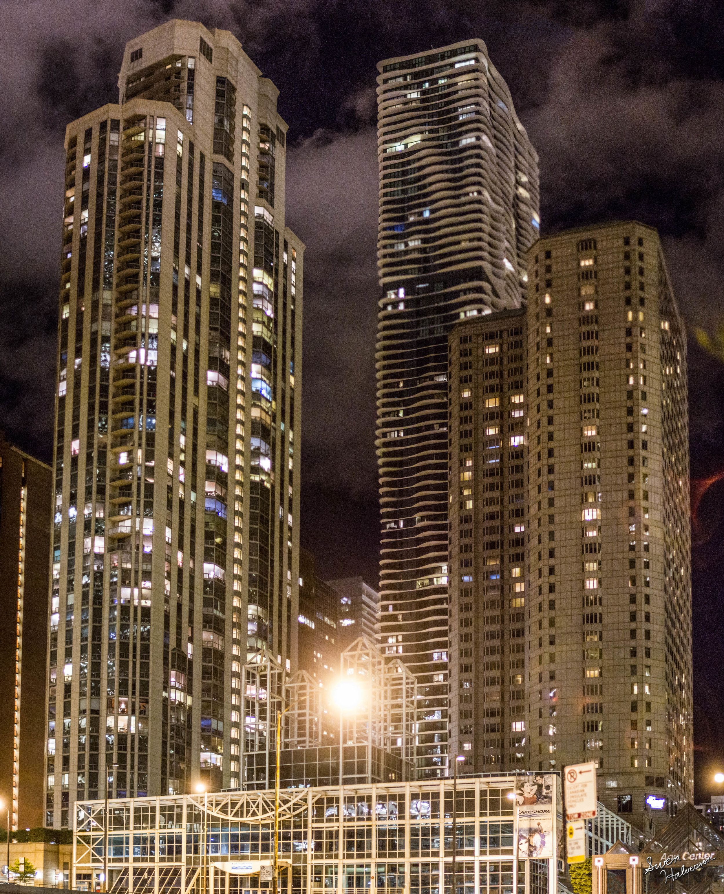 Theme: City | Title: Chicago Night 2