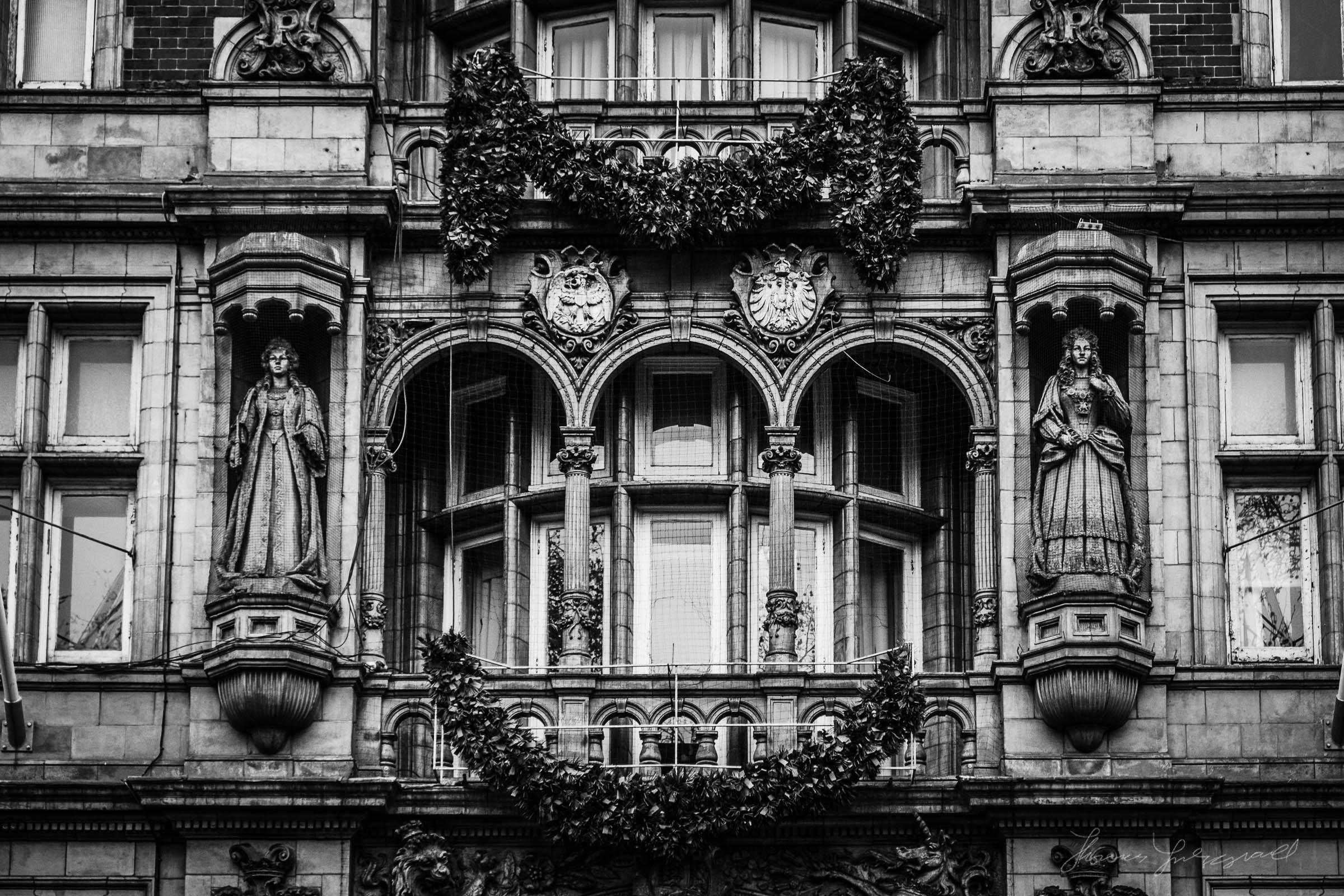 London-Russle-Square-10.jpg