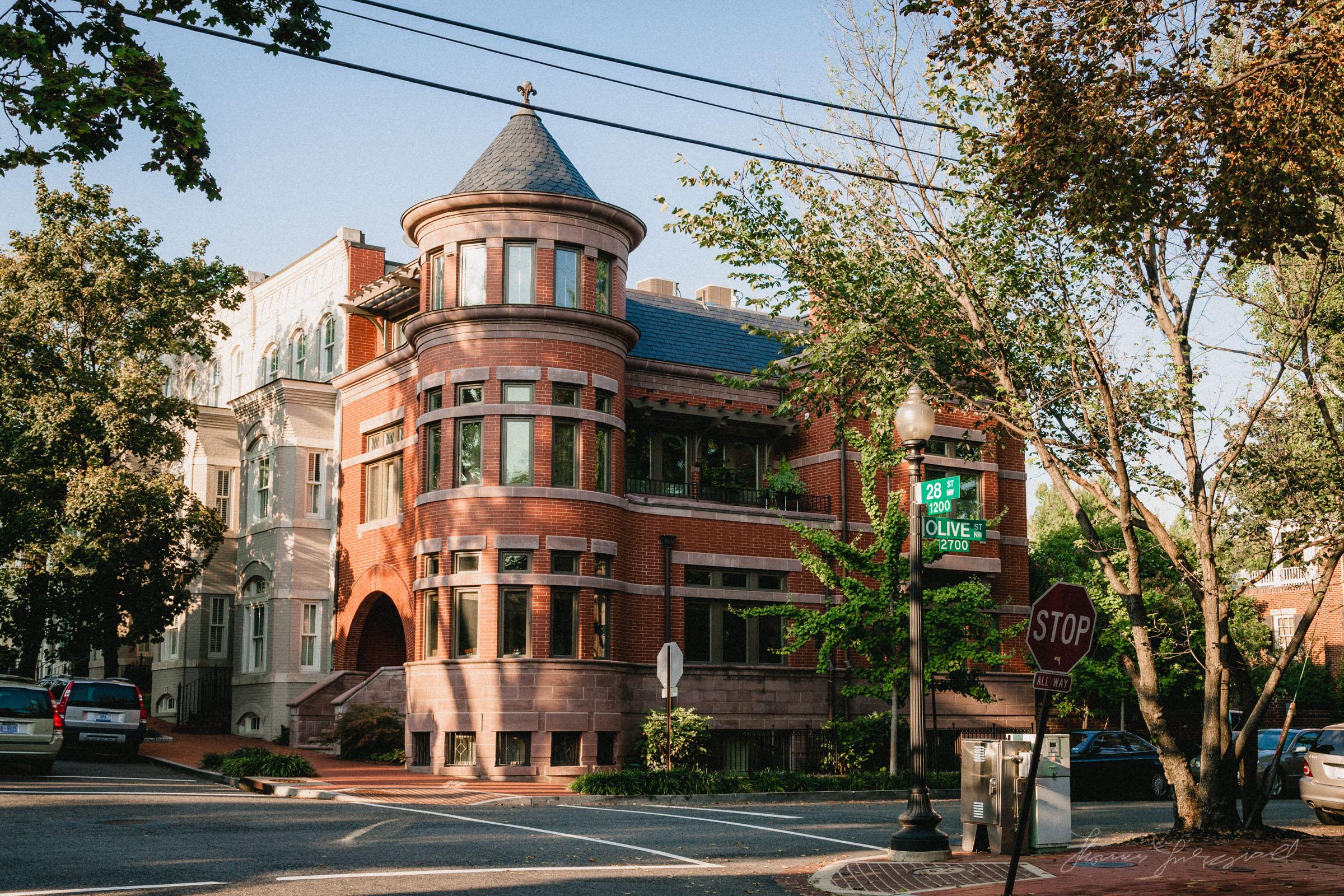 Red bricked building in Georgetown