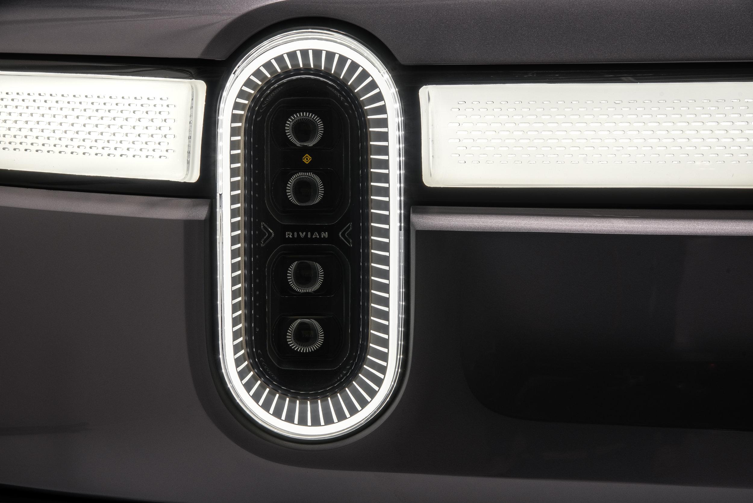F.-Rivian_R1T_Headlight_Detail.jpg