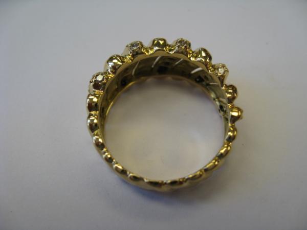 Fixed ring shank