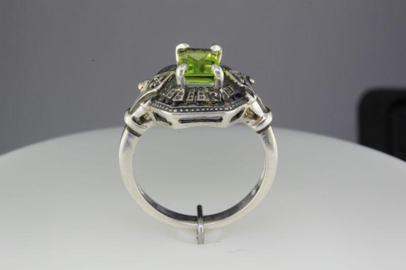 Custom made peridot ring