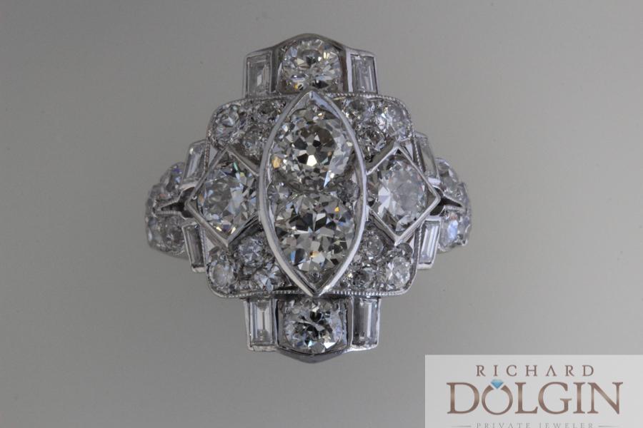 Platinum diamond antique ring