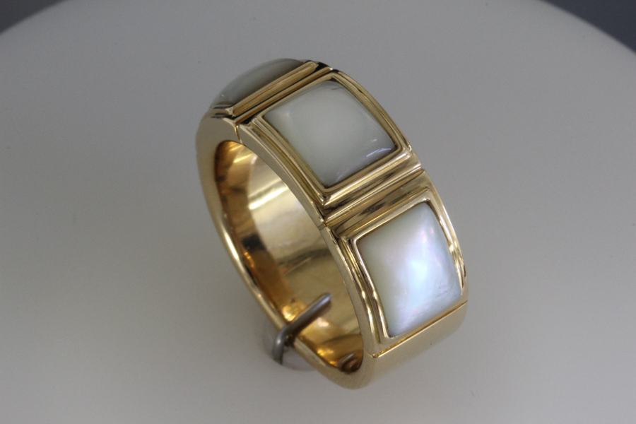 Mother of pearl inlaid ring