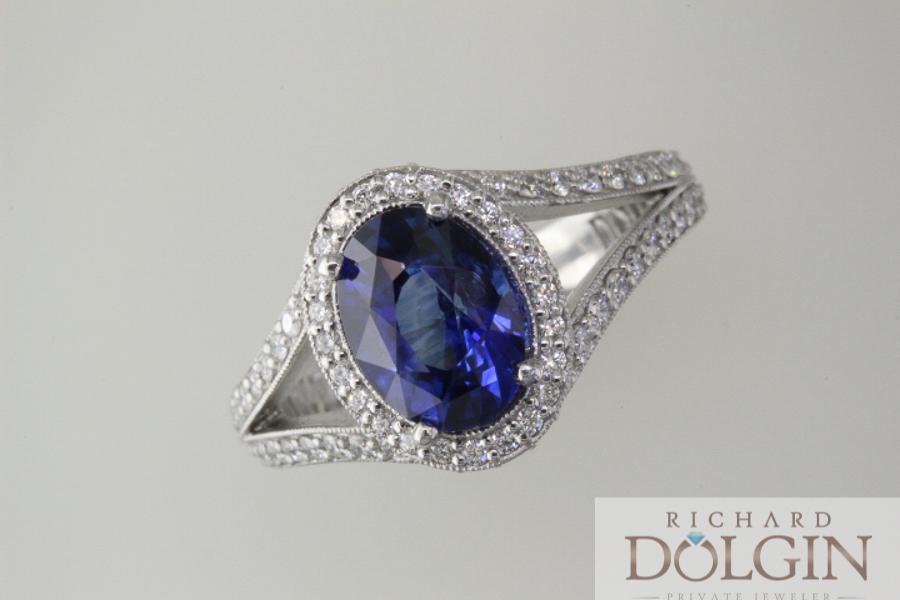 Blue sapphire set in platinum