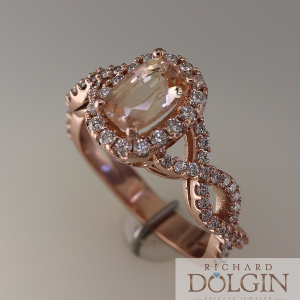 Peach sapphire ring in rose gold