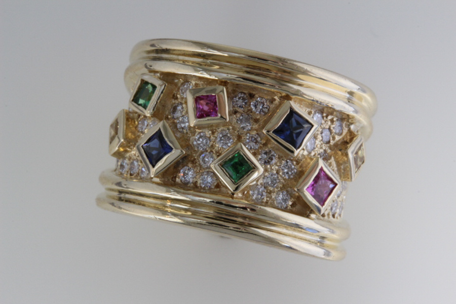 Many color sapphire and diamond ring