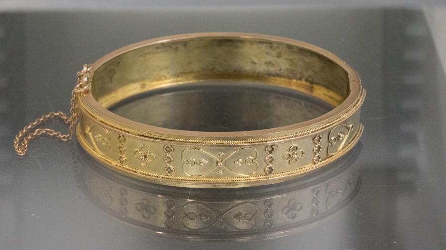 Antique gold bangle bracelet