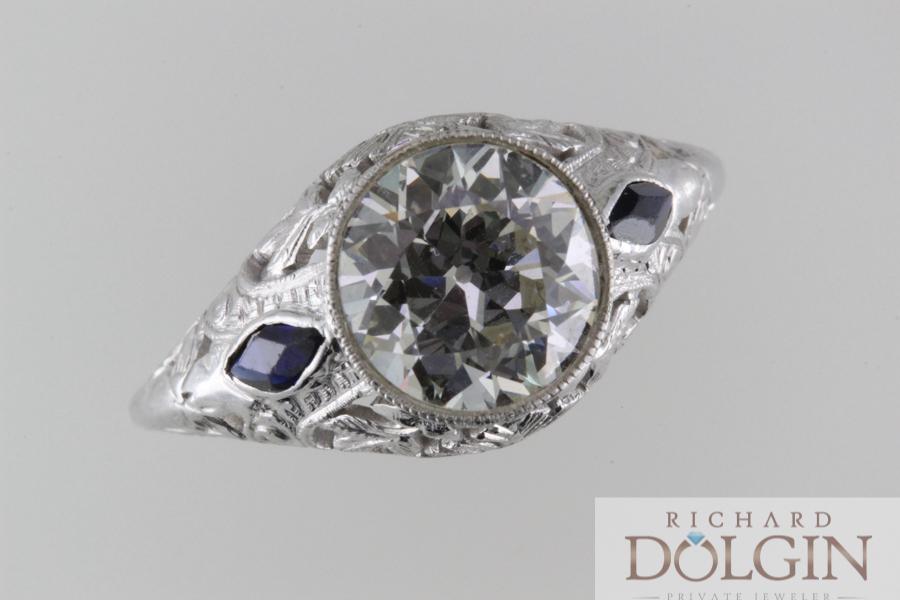 Diamond and Sapphire Vintage Ring