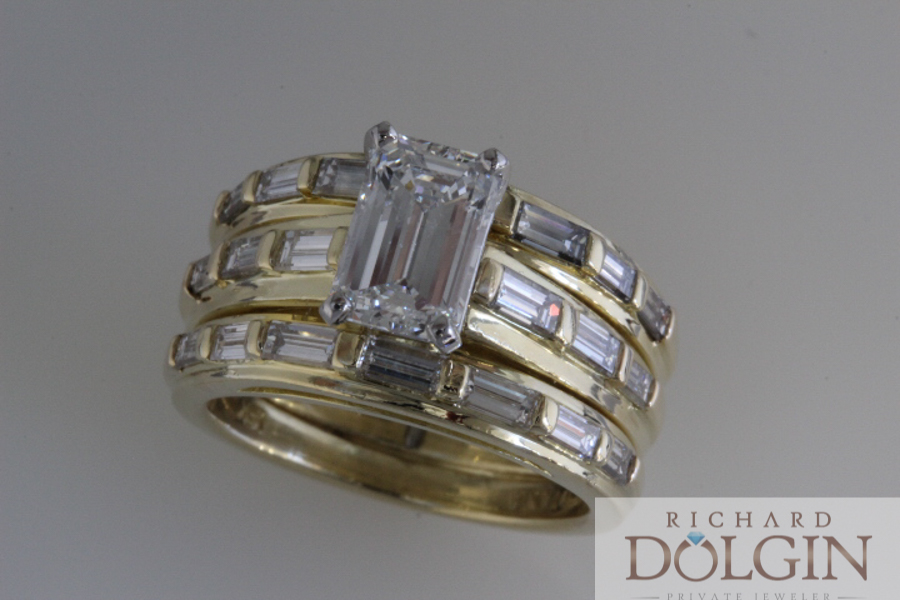 Emerald cut diamond set in yellow gold wedding set