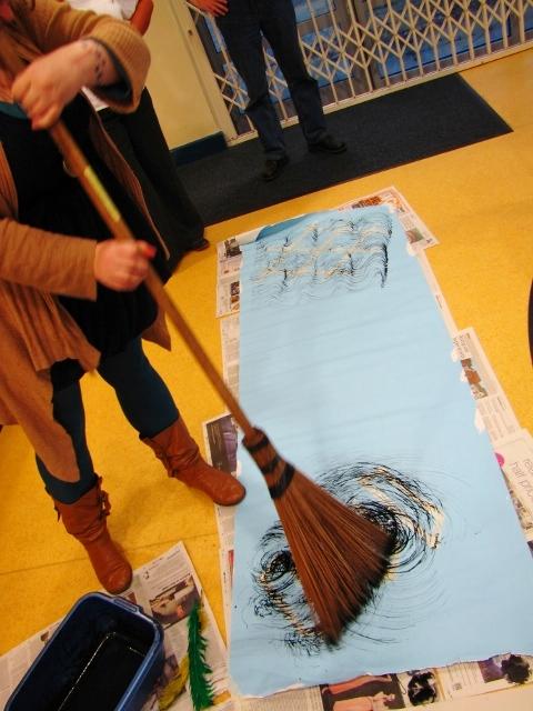 broom drawing.jpg