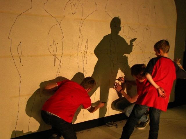 06_Shadow Catching -  Inhabitants (640x480).jpg