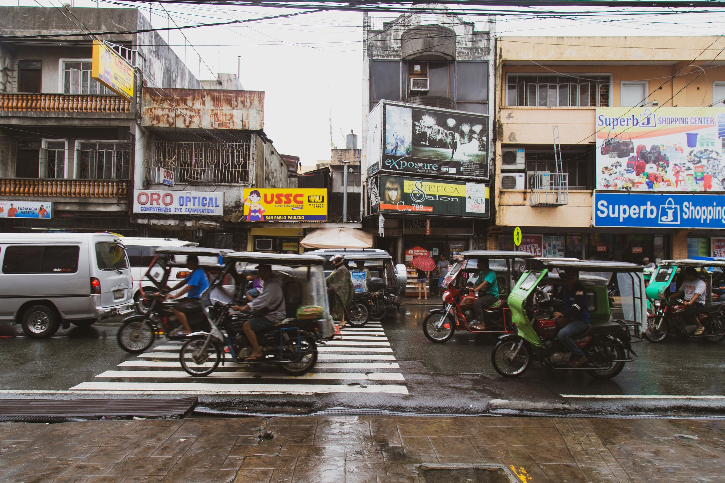 Victoria-Riza Travels | Places to Visit in San Pablo City, Philippines | Shop at the Palengke