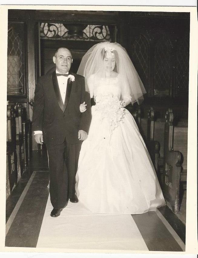 Mom and Dad wedding (8 of 18).jpg