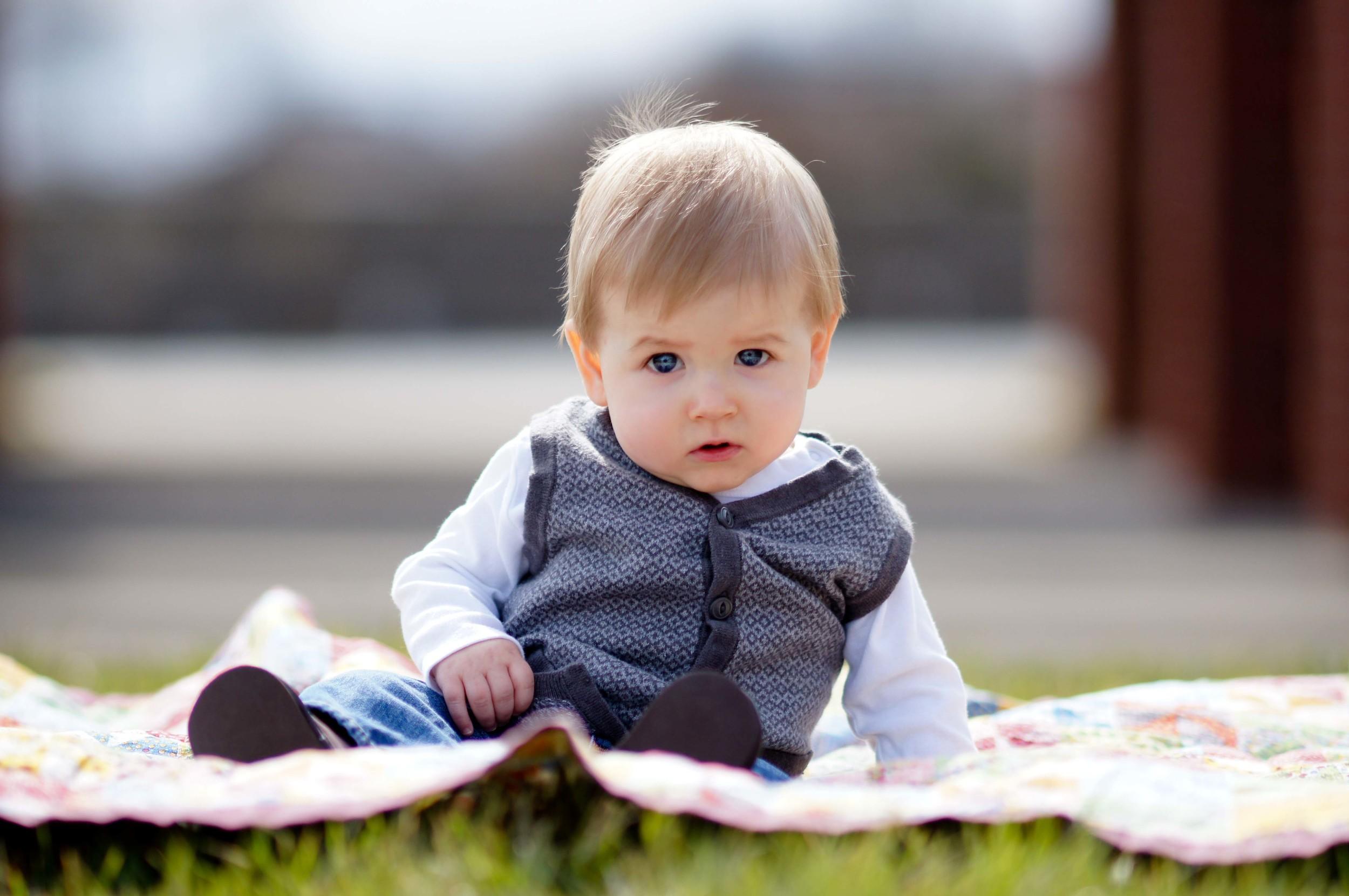 Wyatt 9 months (12 of 307).jpg