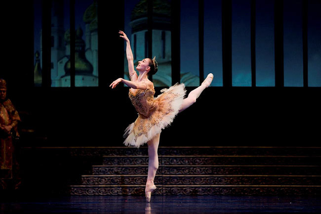 Dana Genshaft in Tomasson's The Sleeping Beauty (Erik Tomasson).