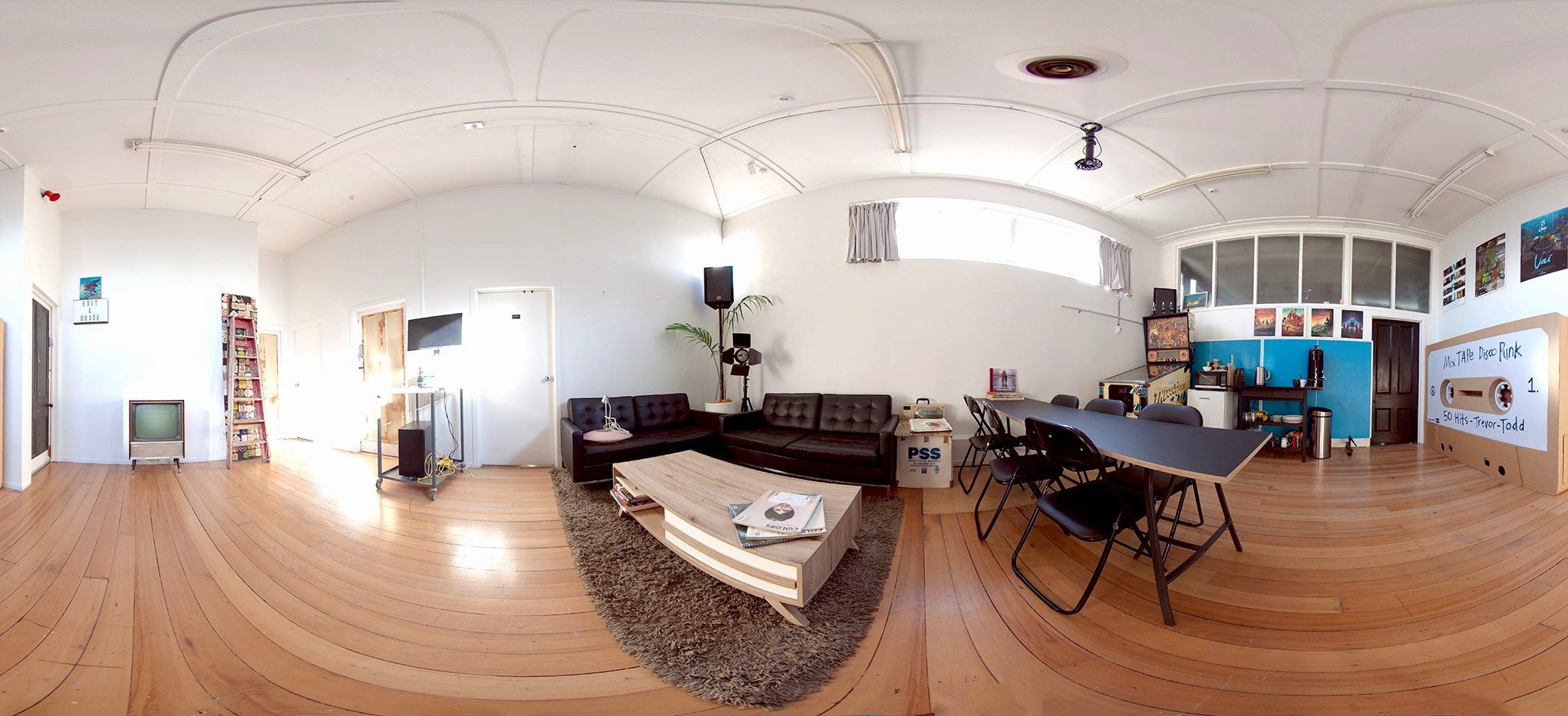 _MG_1855 Panorama_2048.jpg