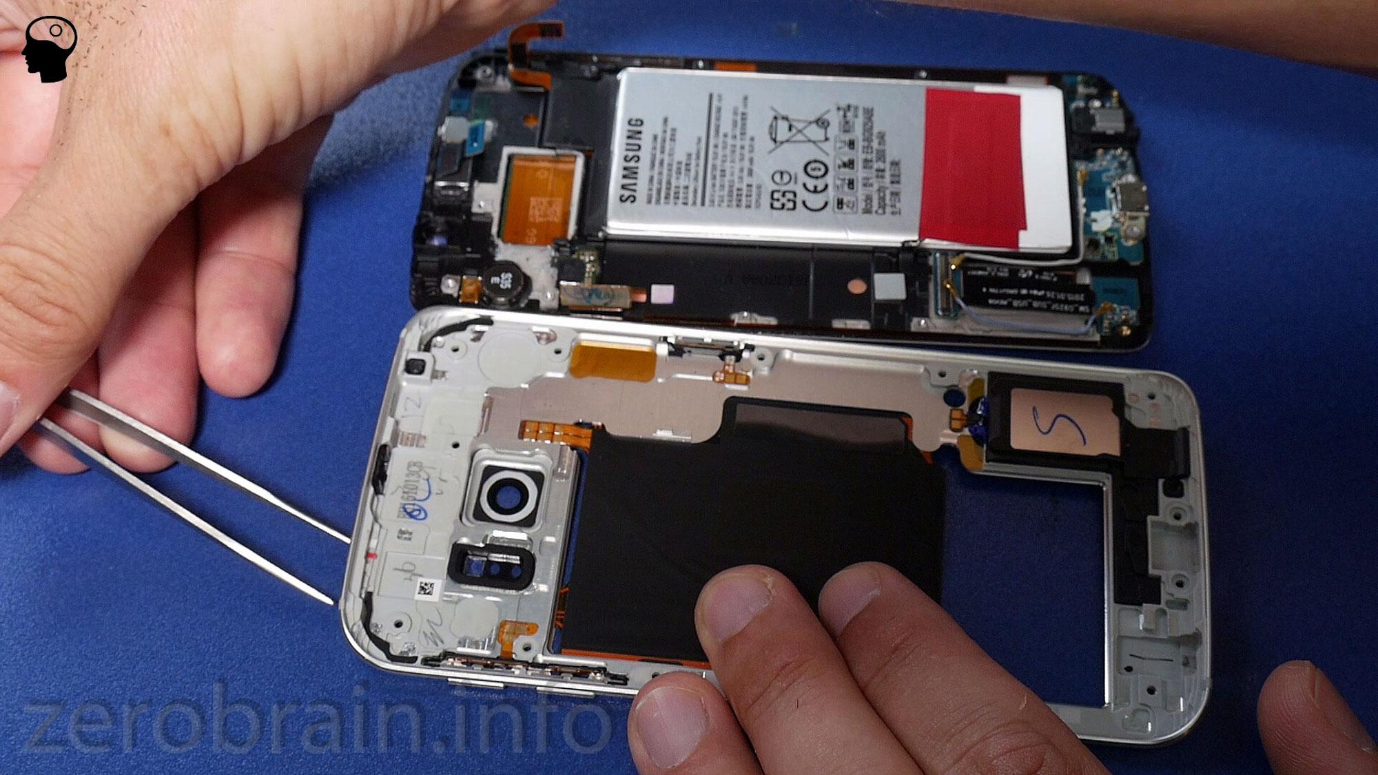 Samsung Galaxy S6 Edge Wasser Indikator hat angeschlagen (roter Punkt nahe der Pinzette im Simkarten Schacht)