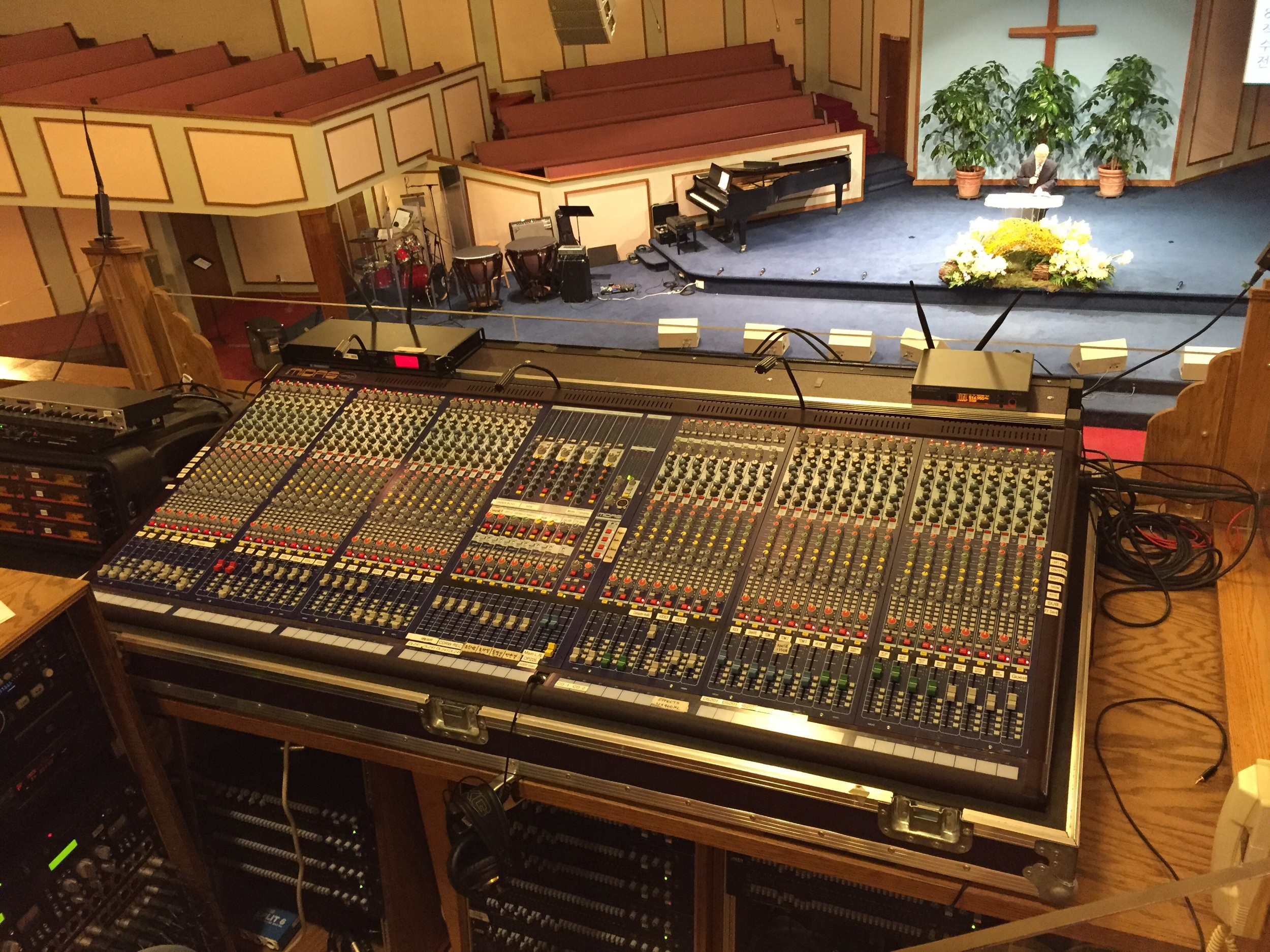 Wow!! Analog console.   So glad to see you!
