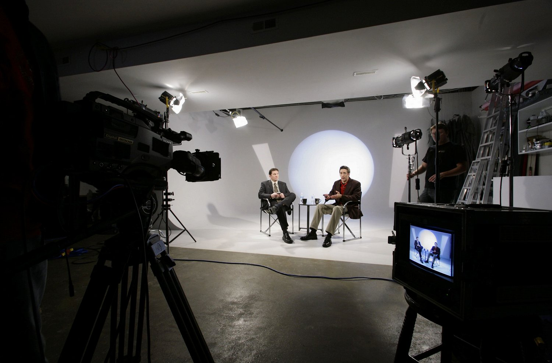 studio Shooting white.jpg